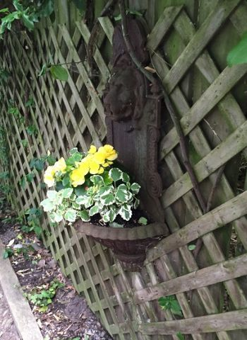 artwork planter