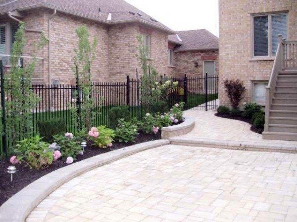 Portfolio: Back garden with interlock